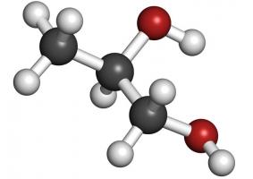 Τι σημαίνει χρώμα 'βάσης νερού' και 'βάσης διαλύτη'. Ποιο είναι καλύτερο να επιλέξω; - Κεντρική Εικόνα