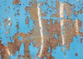 Απολέπιση και αποκόλληση χρώματος από μεταλλικές επιφάνειες λόγω πλημμελούς προετοιμασίας των επιφανειών