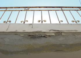 Εμφανής επιφανειακή σκουριά σε μεταλλική επιφάνεια