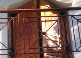 Περιποίηση ξύλινης πόρτας (πορτοπαράθυρο) - Κεντρική Εικόνα